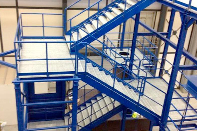 Simulador escaleras diseño ingenieria